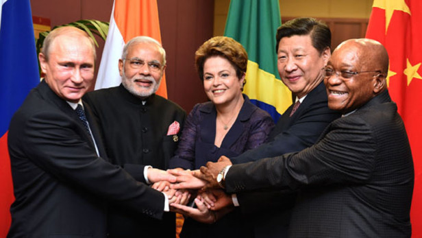 Russian President Vladimir Putin, Indian Prime Minister Narendra Modi, Brazilian President Dilmar Rouseff, Chinese President Xi Jinping and South African President Jacob Zuma take a BRICS leaders family photo at the G-20 Leaders' Summit in Brisbane, Australia. Photo by: DoC / CC BY-ND